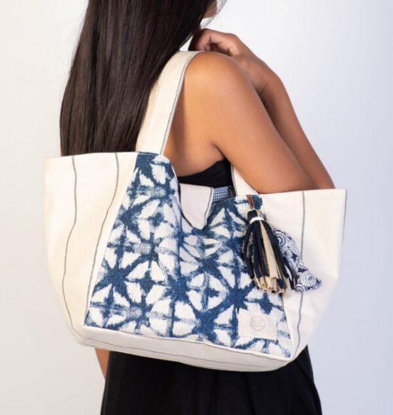 Medium Bag Beige. Bolso de Tela Mediano en color Beige y Azul