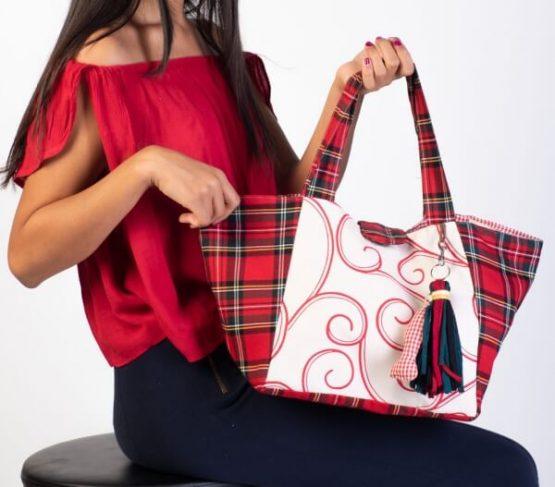 Medium Bag Rojo. Bolso de Tela tamaño mediano en color rojo