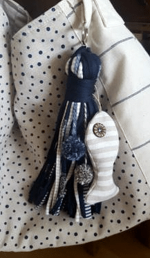 Adorno y llavero colgante para bolso en tonos azules