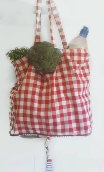 Bolsa Ecológica de tela vichy rojo para la compra plegable y con cremallera